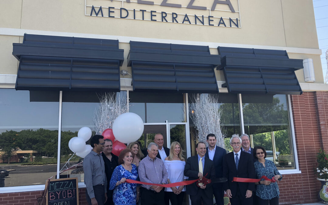 Mezza Mediterranean Hosts Ribbon Cutting at The Shoppes at the Livingston Circle